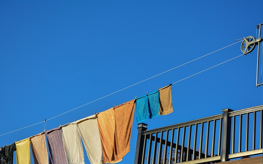 Hướng dẫn cách phơi quần áo nhanh khô hơn