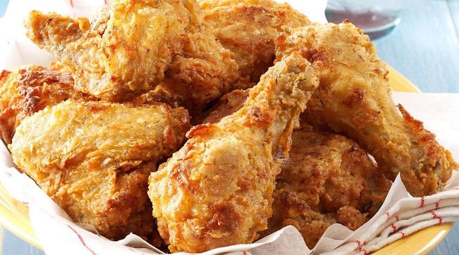 Ăn quá nhiều gà rán có bị sao không