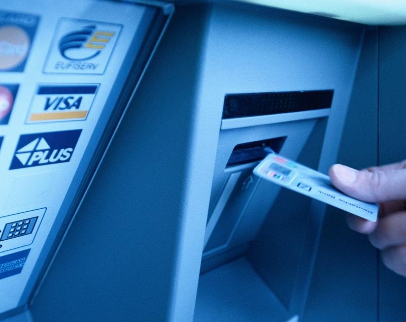 Cách đặt mật khẩu bảo mật an toàn cho thẻ rút tiền atm