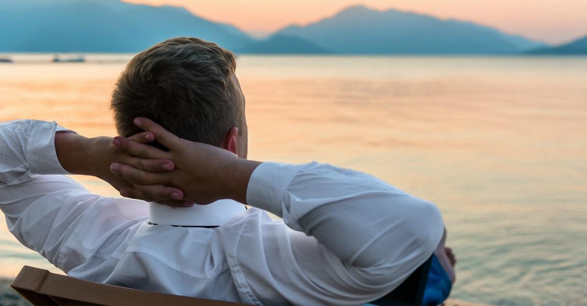 Chia sẻ câu chuyện bị stress của mình với những người thân
