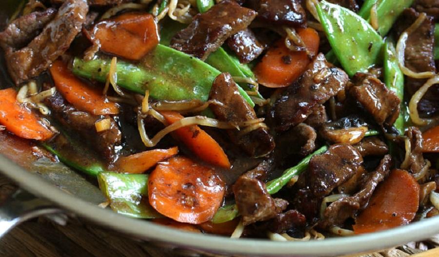 Hướng dẫn cách làm món nấm rơm xào thịt bò