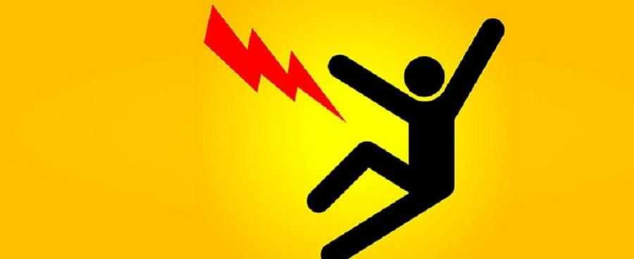 Hướng dẫn cách xử lý khi bị điện giật