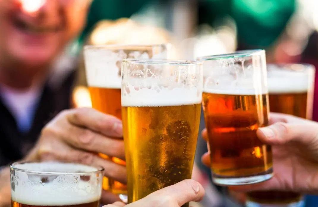 Hãy uống bia rượu đúng cách để không bị say xỉn
