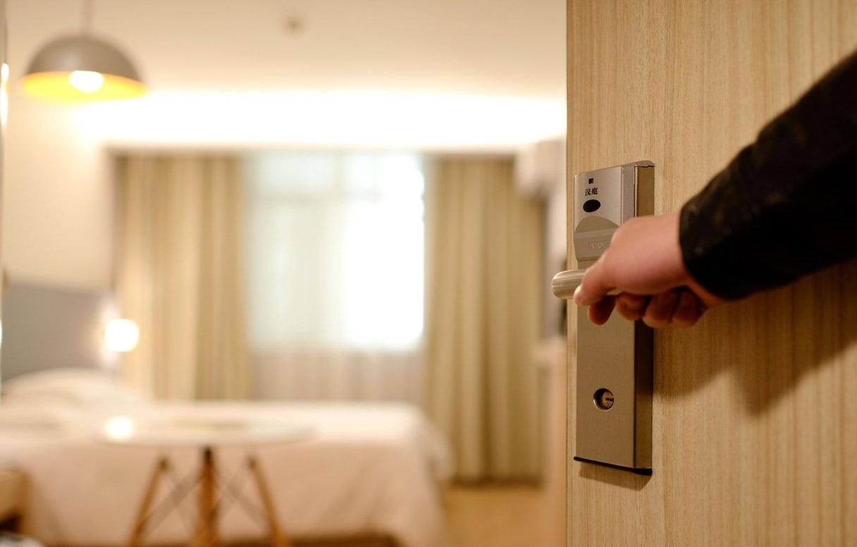 Khi nhận phòng khách sạn