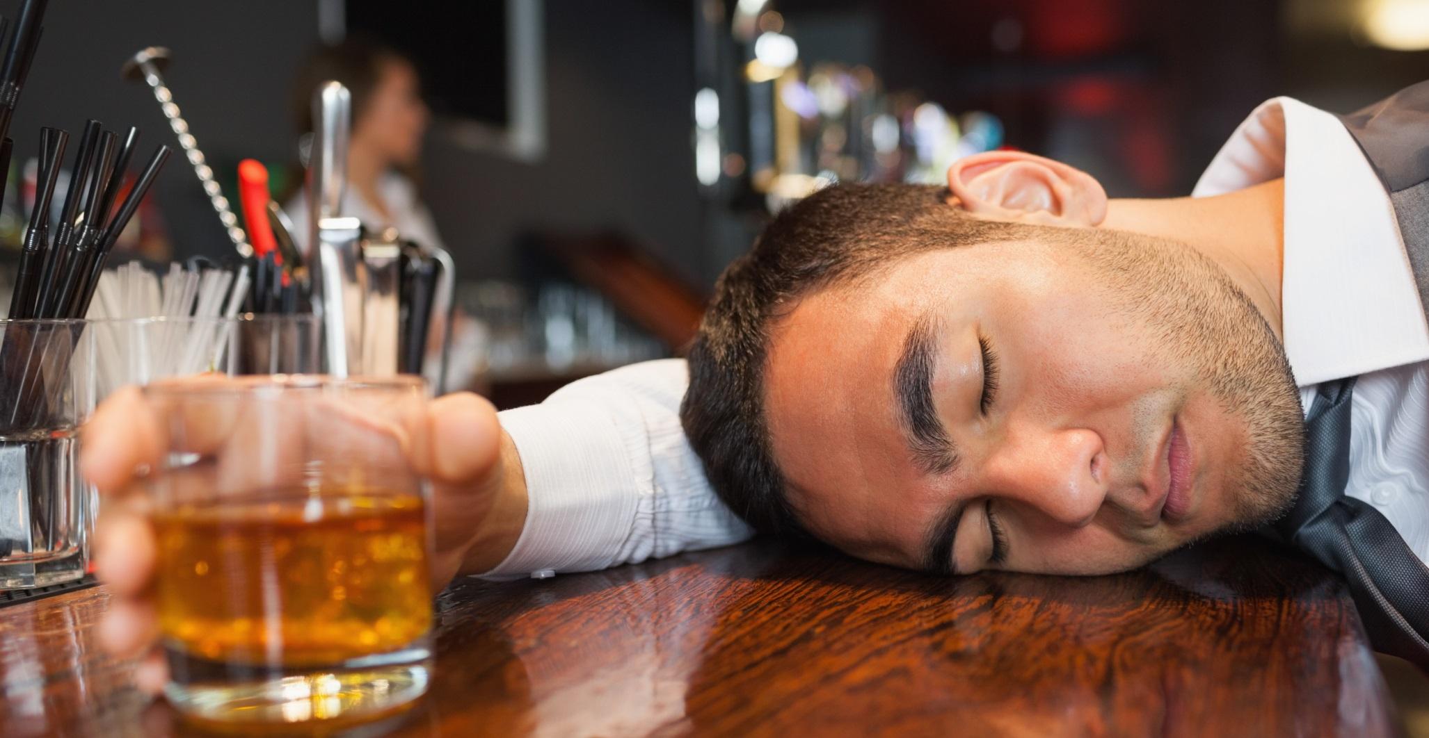 Một số loại đồ ăn nên ăn trước khi uống bia rượu để không bị say xỉn