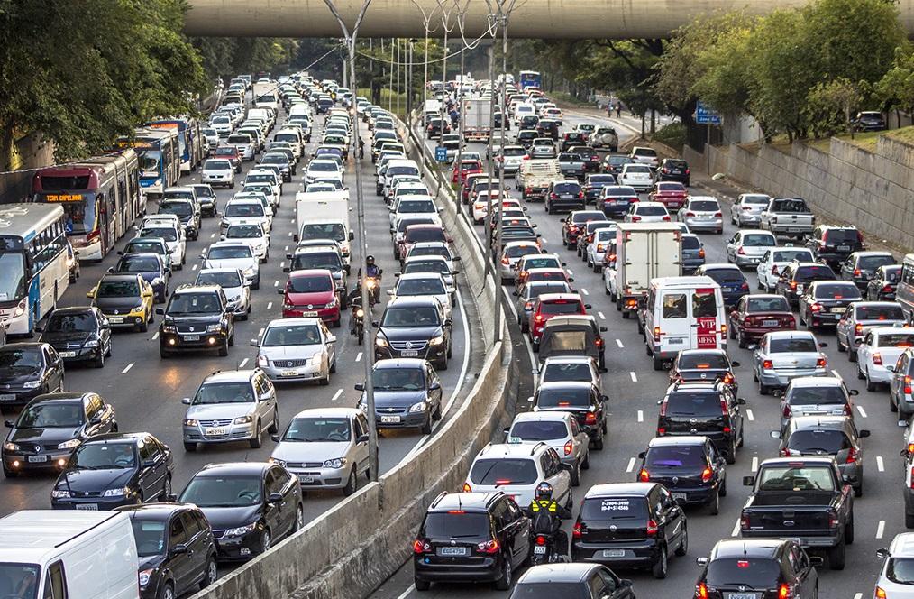 Nên chọn lộ trình thay thế để tránh kẹt xe