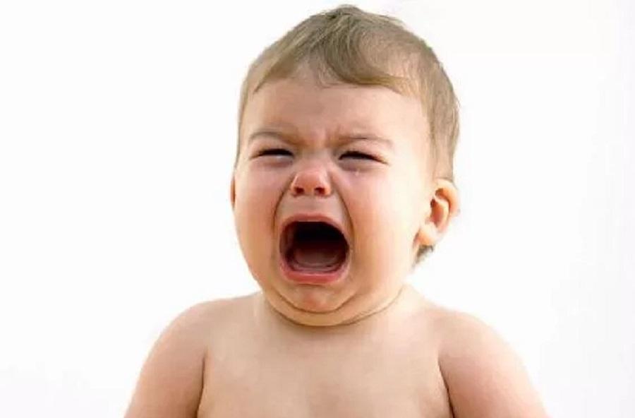 Nguyên nhân khiến trẻ nhỏ quấy khóc