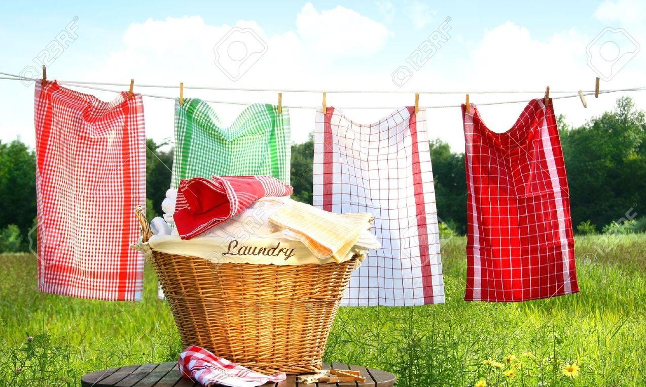 Phơi quần áo ở nới thoáng có nhiều gió
