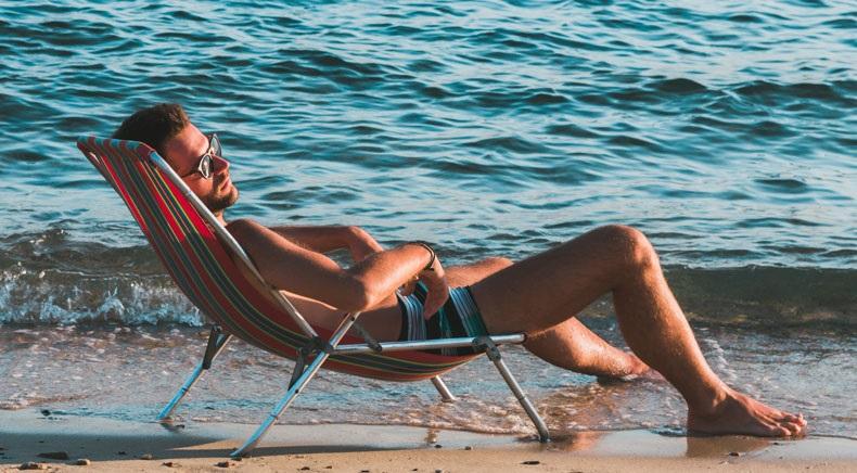 Tham gia nhiều hoạt động ngoài trời nắng nhẹ giúp bạn cao hơn