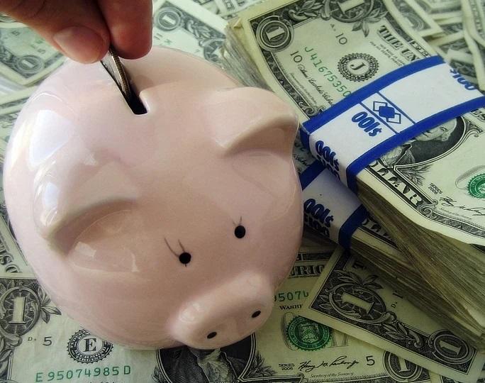 Vậy có nên gửi tiền tiết kiệm tại ngân hàng hay không
