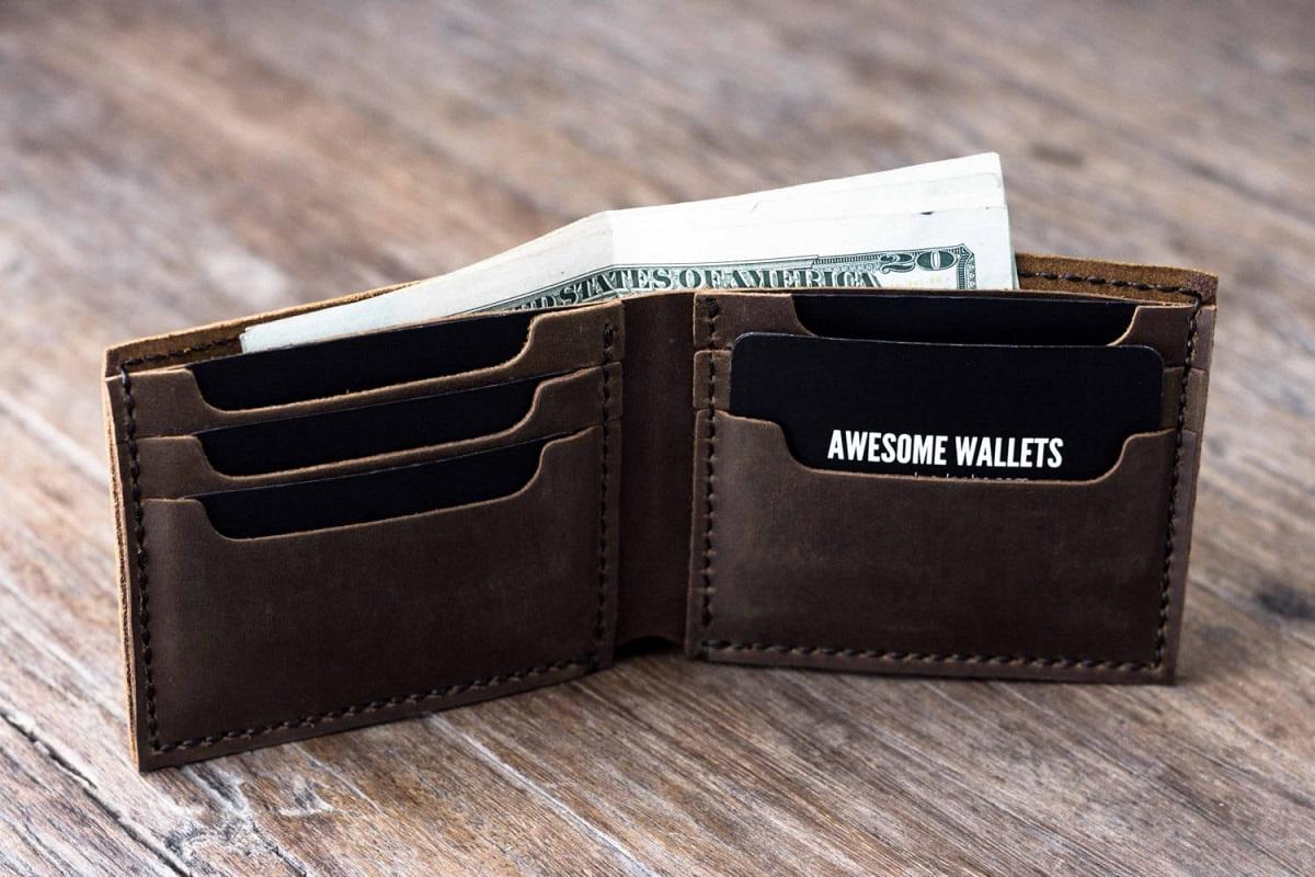 Khi bị mất ví bóp tiền phải làm sao