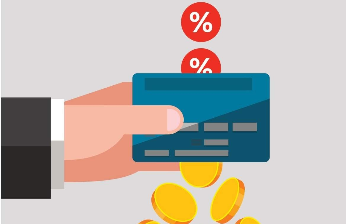 Sử dụng thẻ tín dụng để thanh toán có bị tính lãi suất gì không