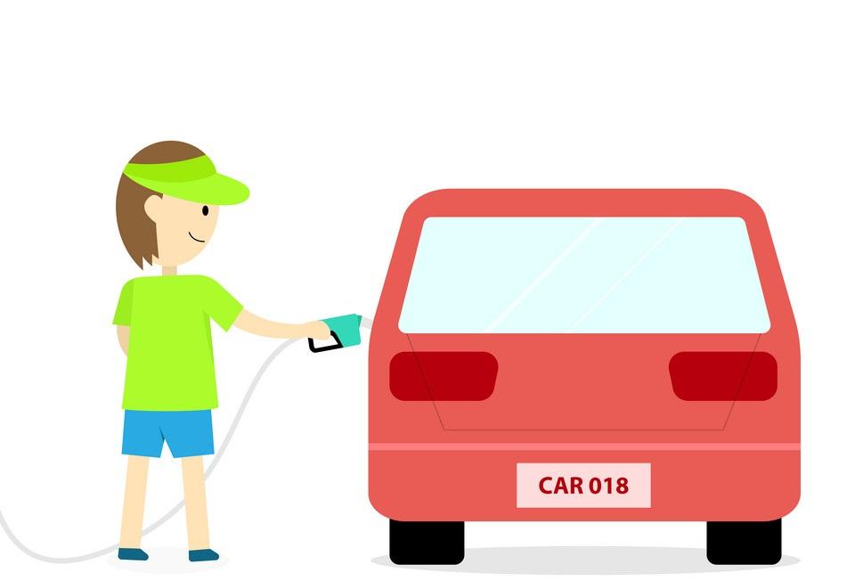 Hạn chế việc đổ đầy bình xăng cho xe máy ô tô sẽ không có lợi cho bạn