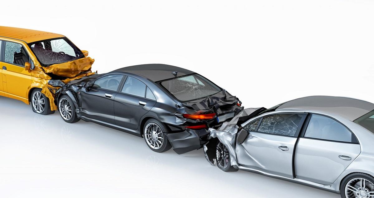 Khi xảy ra va chạm tai nạn giao thông phải dừng xe lại để xử lý