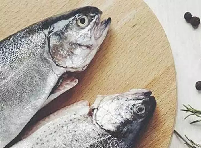 Ăn nhiều cá rất tốt cho da
