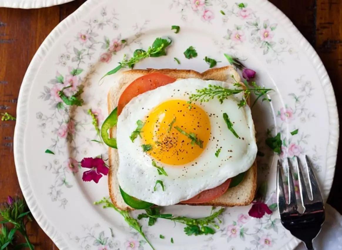 Ăn trứng cũng giúp việc giảm cân tốt hơn
