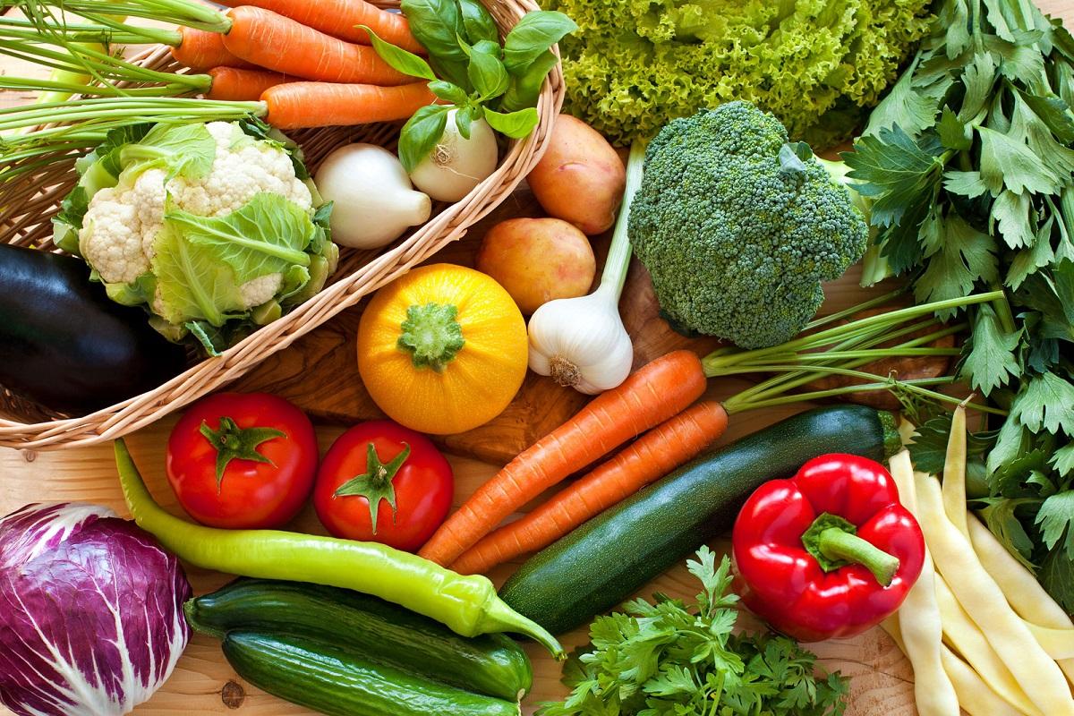 Chế độ ăn để tăng cân cần bổ sung thêm nhiều rau củ quả